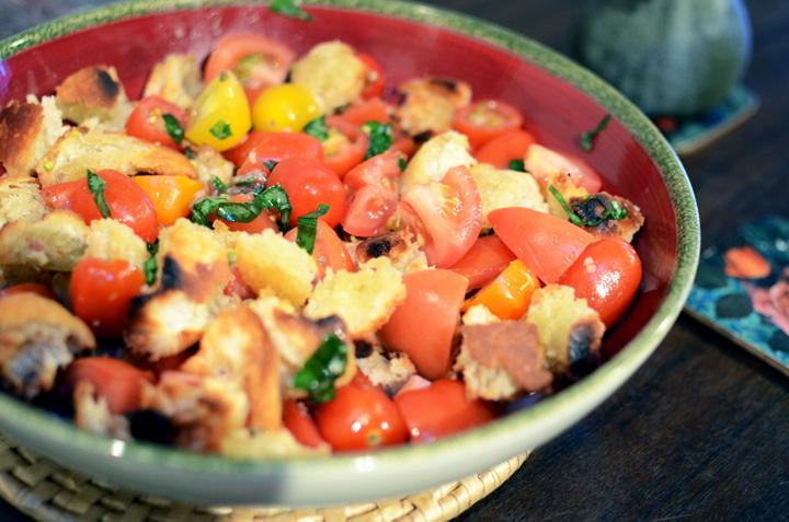 tomato salad bowl