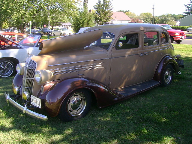 1936 dodge d2 sedan pictures to pin on pinterest pinsdaddy for 1936 dodge 4 door sedan
