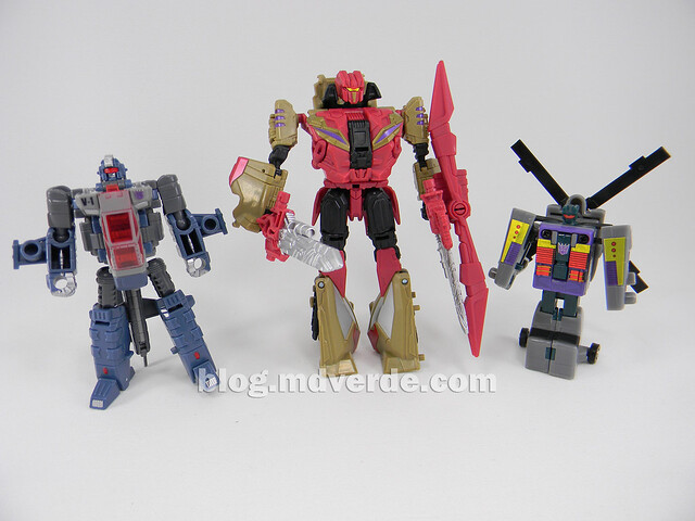 Transformers Vortex Generations Fall of Cybertron - SDCC Exclusive - modo robot vs G1 vs Universe