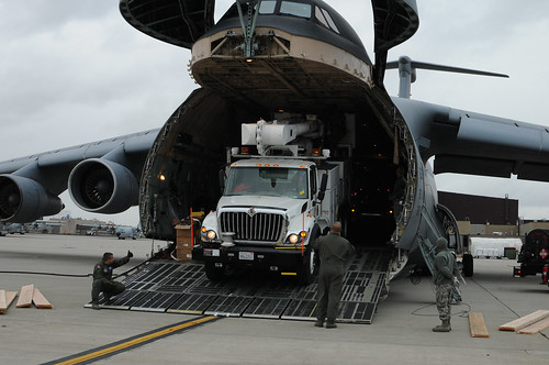 "105th Airlift Wing Key Hub in 18th Air Force ""Lean Forward"" support of East Coast relief efforts [Image 3 of 12]"