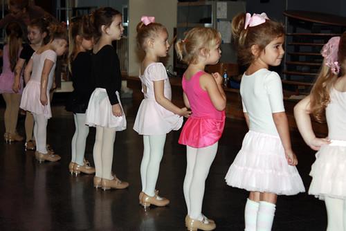 Dance_Auttie-Lifting-Skirt
