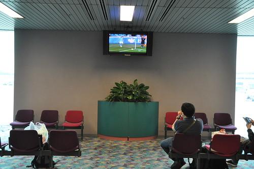 Changi Airport - watching EPL football ?!