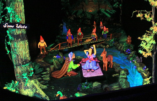 Rock City's Fairyland Caverns: Snow White
