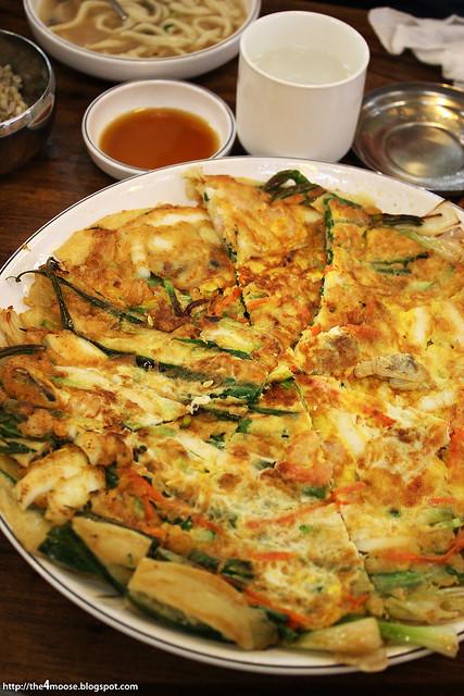 마당닭 칼국수 - Panjeom