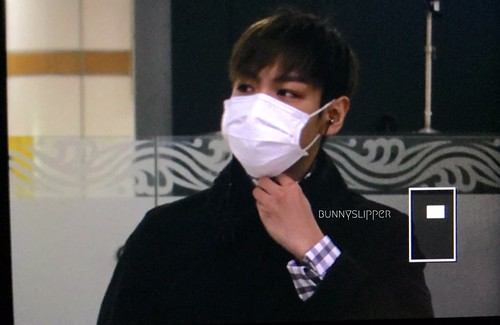 TOP Arrival Seoul from Tokyo 2015-111-03 (17)