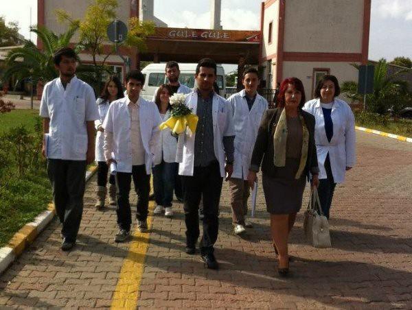 Yaşlılara Üsküdar Üniversitesi'nin şefkat eli değdi 2