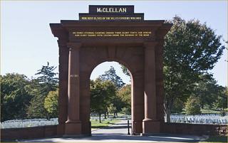 Imagen de McClellan Gate. mcclellangate roncogswell arlingtonnationalcemeteryva mcclellangatearlingtonnatioanlcemeteryva