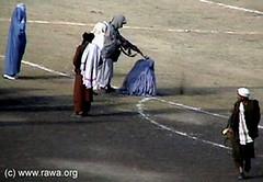 TalibanShootWomenInKabul