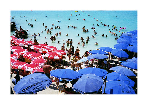 street travel pink blue sea summer people woman white holiday man film beach water analog umbrella season lens photography prime photo sand couple view cross candid bessa snapshot crowd documentary malta lagoon snap x resort busy madness short elder instant 100 bermuda 40 moment process agfa voightlander swimsuit whitesand nokton 4014 puzzled loaded ordinary decisive dense xproc proc r2m precisia ordinarymadness sunbrella