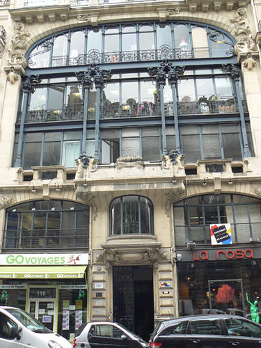 magasin rue réaumur.jpg