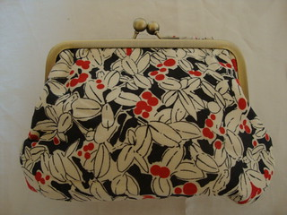 My purse made by helenjanei - finally arrived 002