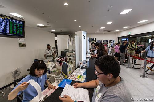 Obteniendo billetes con el JR Pass en la oficina de JR East en Narita