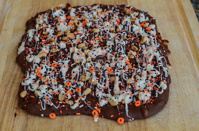 Pumpkin Spice Chocolate Bark-078.jpg