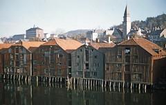 Bryggene på Bakklandet (1955)