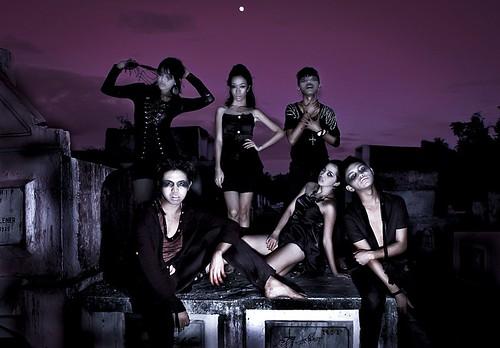 halloween cemetery scary zombie gothic camarinessur zombiemodel zombieshot goacamarinessur