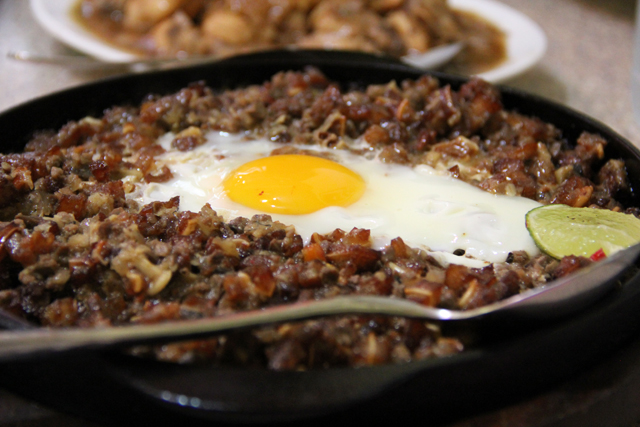 One more luscious photo of the sisig