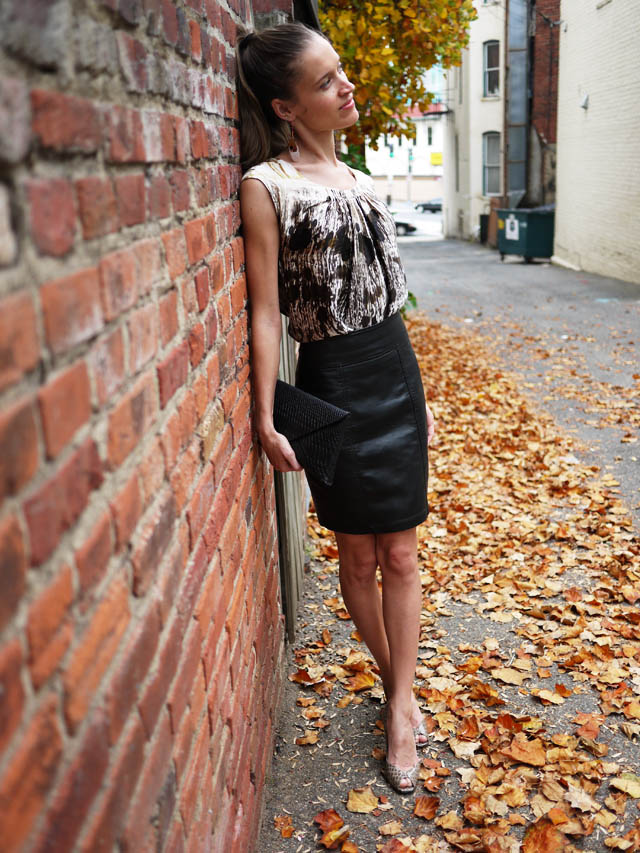 my fair vanity style blog fall colors leather skirt 4