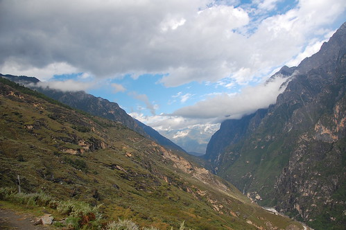 tiger leaping gorge trek