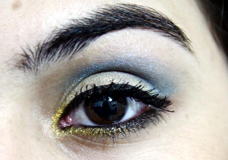 juliana leite maquiagem ano novo glitter dourado com azul cabelo cortado repicado novo cortei longo franjão degradê camadas 3