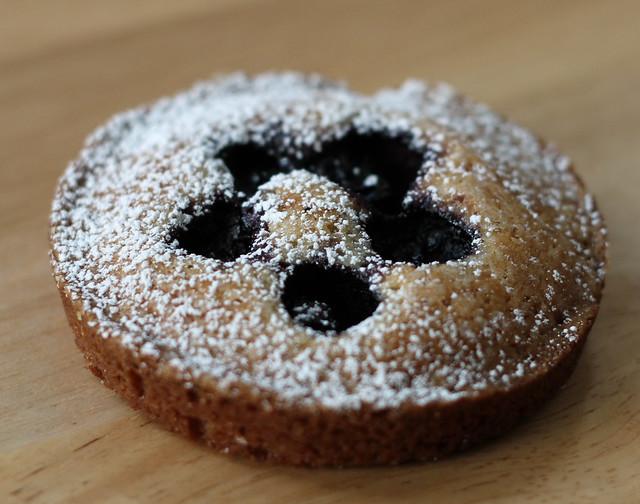 Almond with Seasonal Fruit - Sugar Bee's Bakery