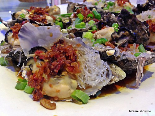 Golden King 2000 - Oysters with Vermicelli and XO sauce