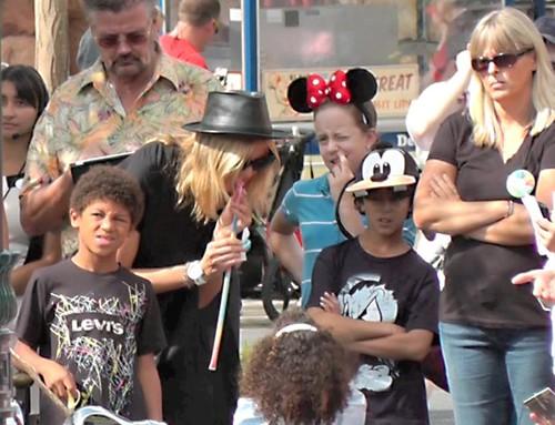 HeidiKlum01-Disney-100912-jpg_223214