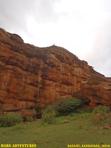 Rock_Climbing_Badami_Oct_2012_25