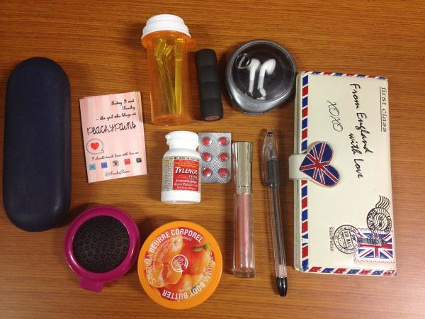 Chic of the Week: What's in Kelby's Bag?