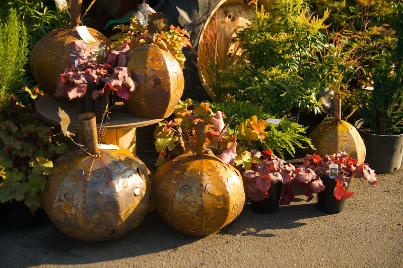 metal pumpkins  2233