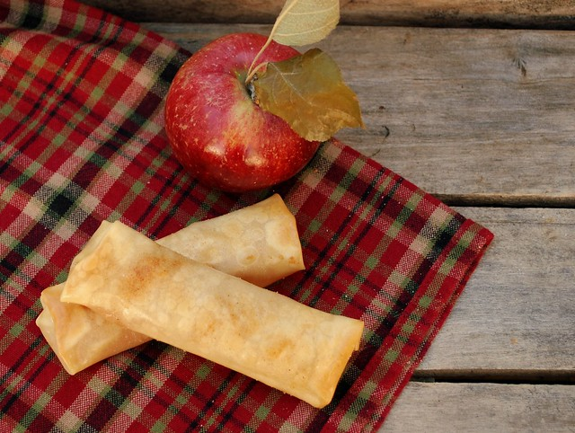 Apple pie egg rolls 1 rb