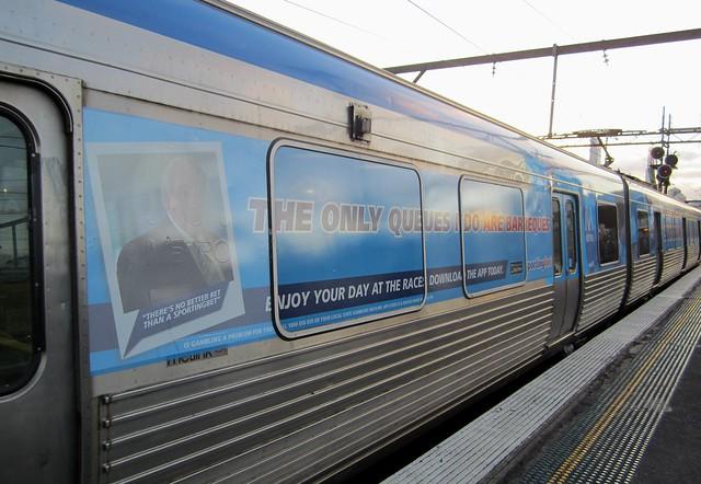 所有乘坐火车广告限制了可见性