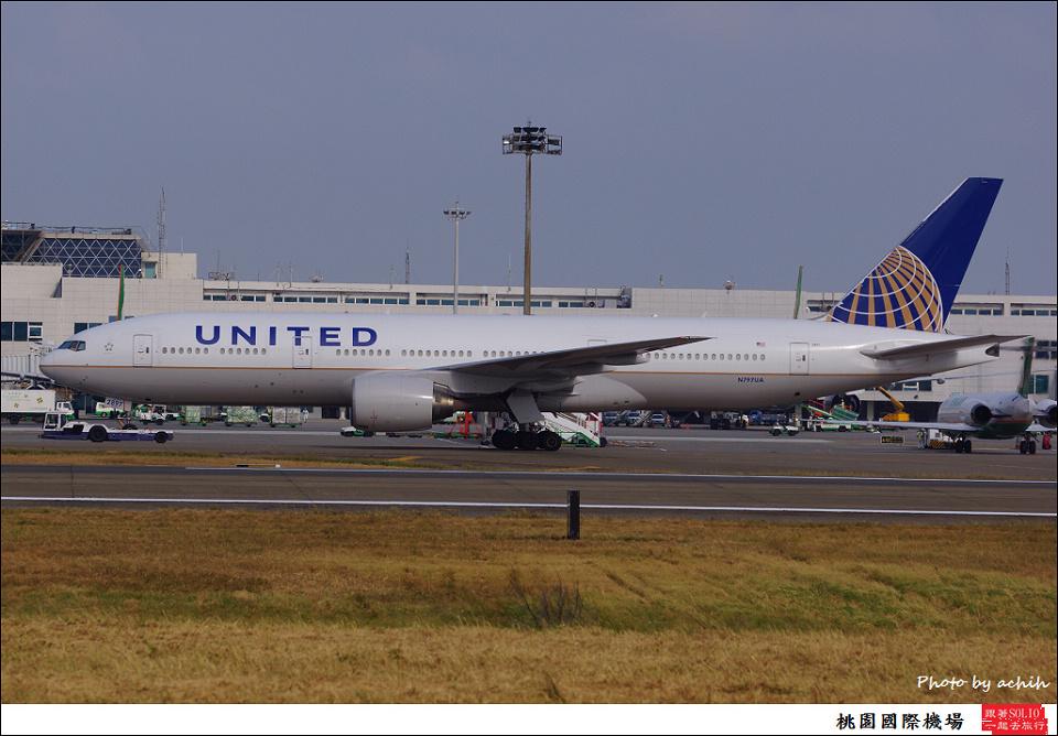 United Airlines / N797UA / Taiwan Taoyuan International Airport