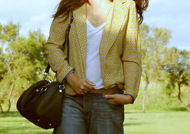 Look blazer estampado