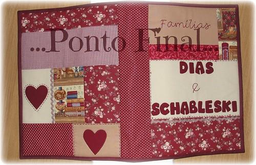 ...Capa em patchwork...Para pasta grande com plásticos... by Ponto Final - Patchwork