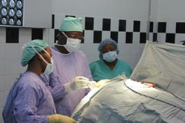 Le Dr Souaré effectue une VTS