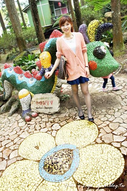 [南投_遊]*溪頭妖怪村‧明山森林會館の童話森林別墅.就像愛麗絲夢遊仙境