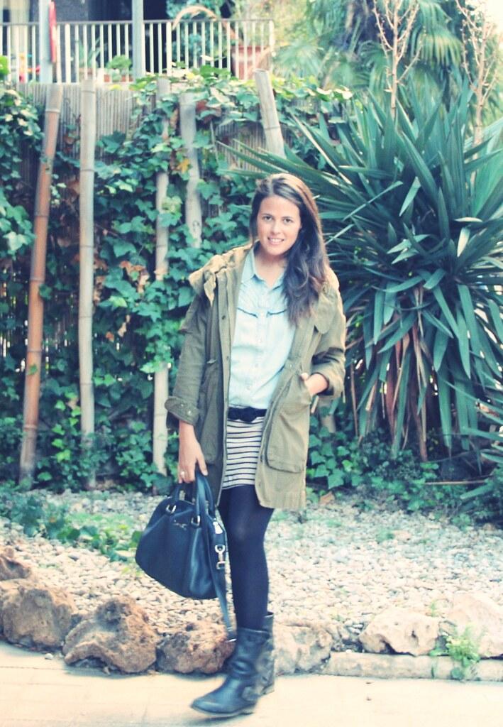 Look parka + falda rayas
