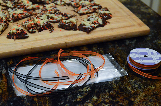 Pumpkin Spice Chocolate Bark-020.jpg