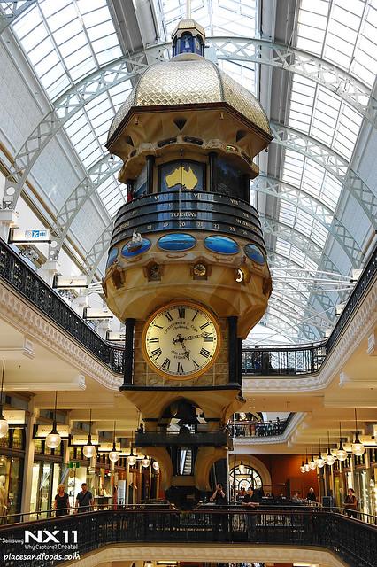 queen victoria's building large clock