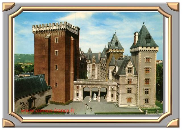 PAU</b> (Pyrénées - Atlantiques). La façade est du château de Pau -70-150
