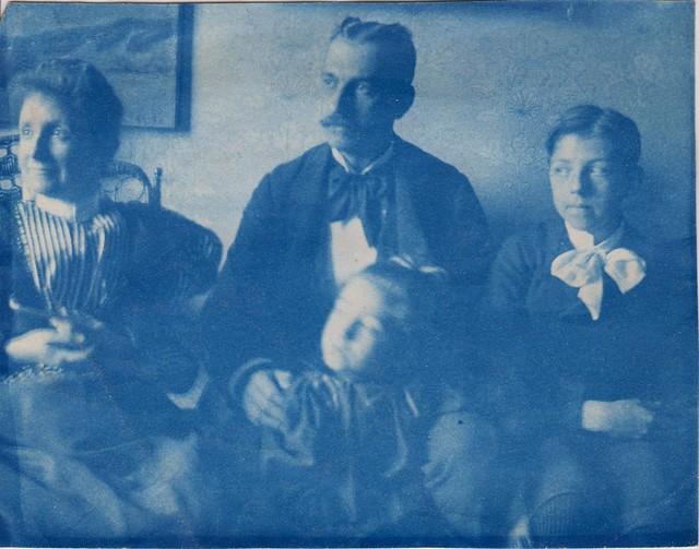 Turn of the Century Family