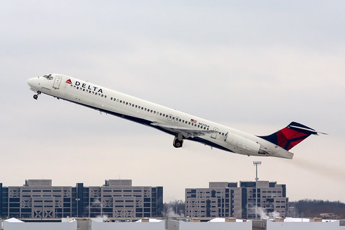 N927DA » Delta Air Lines McDonnell Douglas MD-88 (MD88) (cn: 49714) [2 of 2]