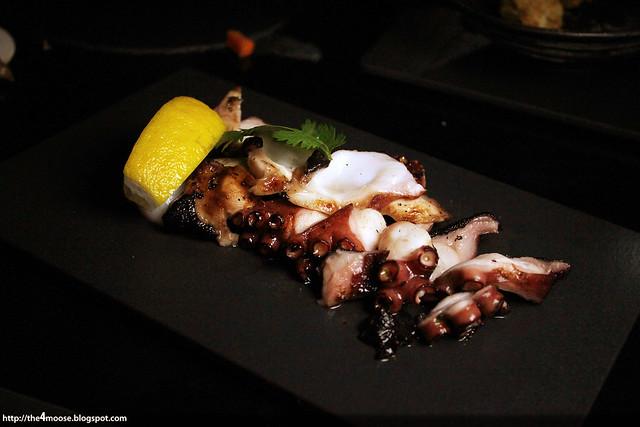 1 TwentySix - Calamari