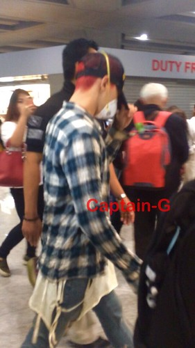 Big Bang - Beijing Airport - 05jun2015 - G-Dragon - Captain G - 02