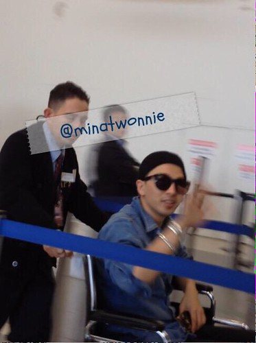 Taeyang Los Angeles airport back to Seoul 2015-04-09