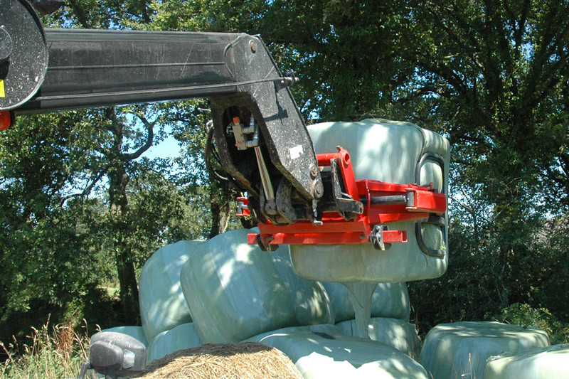 Wrapped Bale Clamp