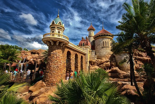 world castle ariel eric magic kingdom disney mermaid waltdisneyworld walt magickingdom littlemermaid fantasyland canonef1635mmf28lii newfantasyland princeericscastle underthesea~journeyofthelittlemermaid