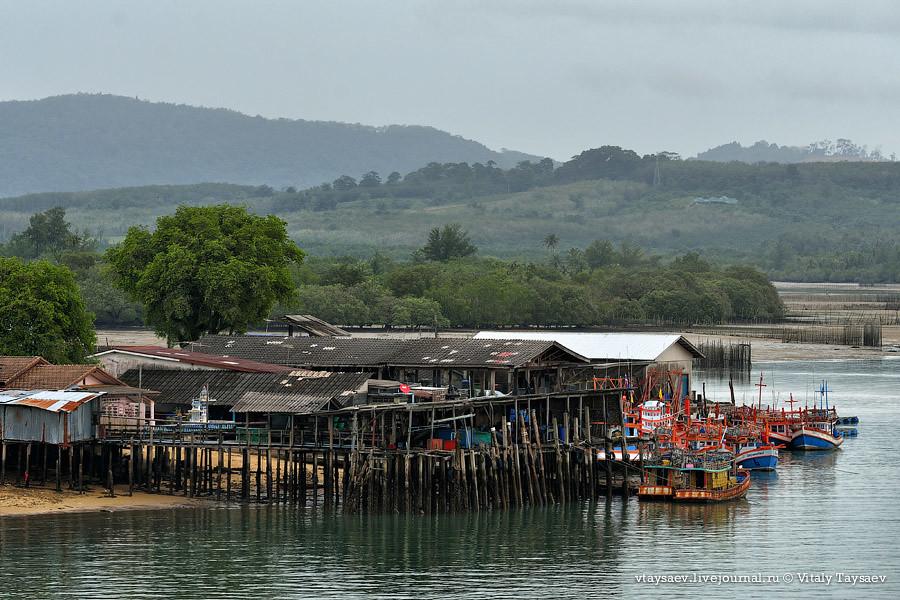 Pier near Sarasin Bridge, Thailand