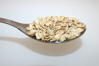 06 - Zutat Haferflocken / Ingredient oat flakes