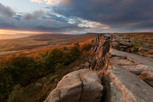 Stanage Edge Sunset places to photograph in the uk Top 5: Places To Photograph In The UK 8094476446 1d1f7f26ac